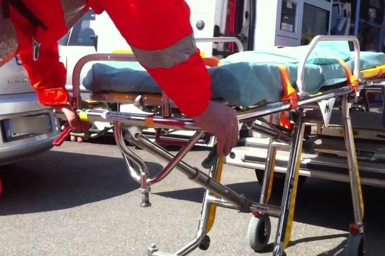 ambulanza_barella.jpg_2035913339