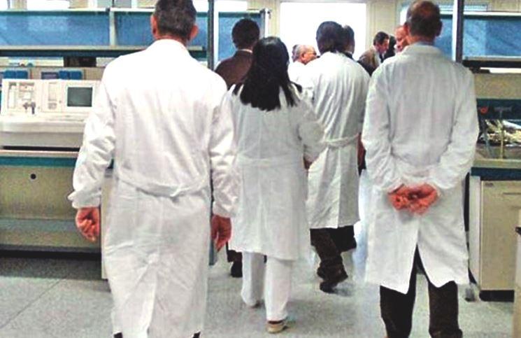medici-camici-bianchi-020715