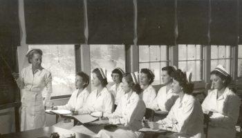 old-photo-nurses